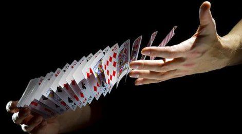Çetin Ünsalan Yazdı: Pokerde elini açık etmek