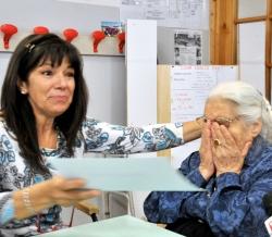 Diploma di scuola media a 99 anni