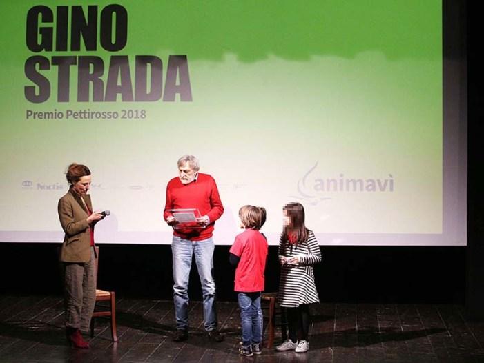 Animavì consegna a Gino Strada il Premio Pettirosso