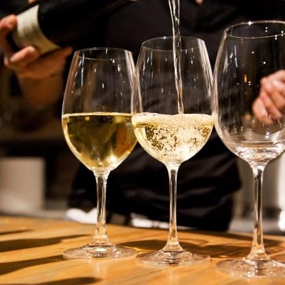 Aperitivo vino libero
