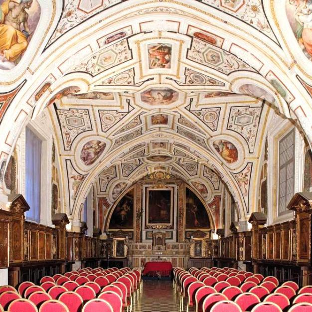 Sant'Anna dei Lombardi a Napoli, Sala del Vasari