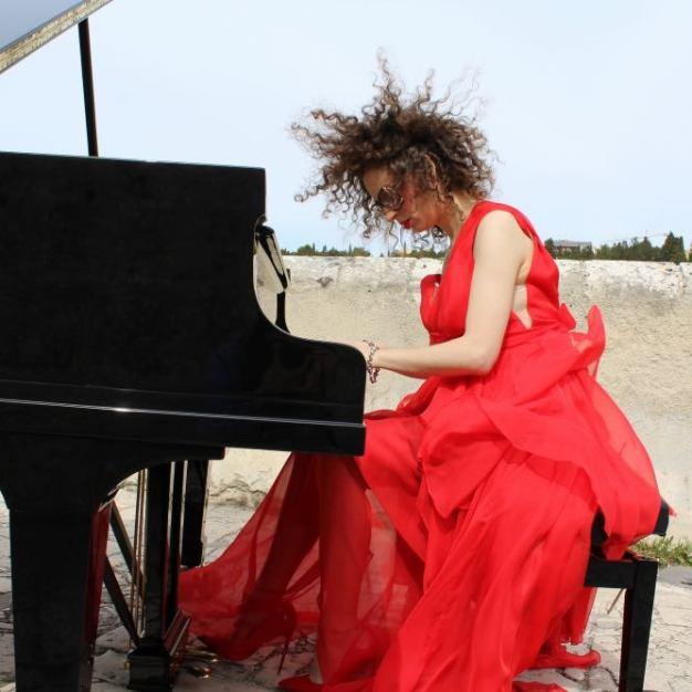 Daniela Mastrandrea videoclip