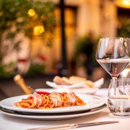 Spaghettone al tavolo