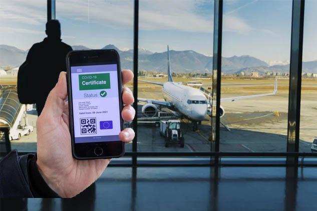 Anche in Italia attivo il green pass. Ecco la guida dalla richiesta al codice QR da scaricare.