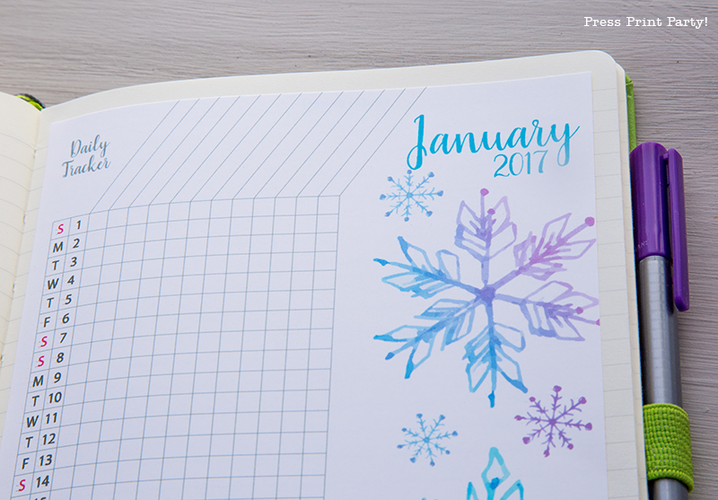 2017 Daily Task Tracker Printable for Bullet Journals - Watercolor Designs