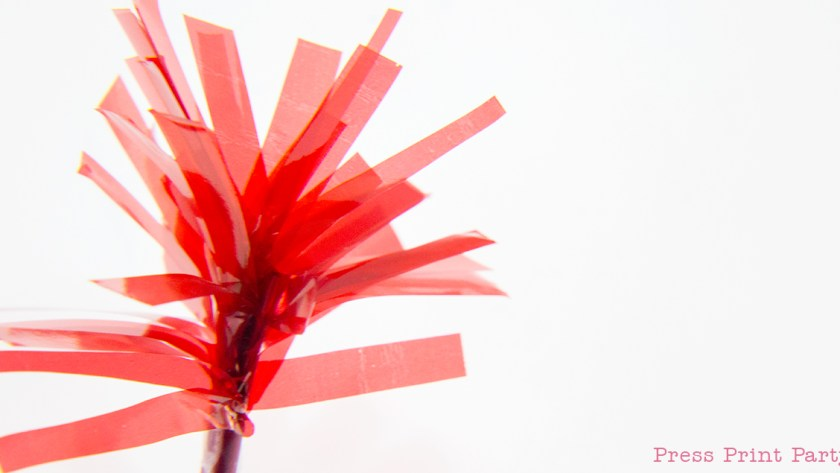 Blasting Fireworks 4th of July Cupcake Toppers DIY