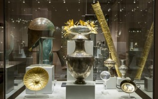 Las leyendas e historias de la coleccion de Vassil Bojkov cobran vida en la Noche de los Museos 1
