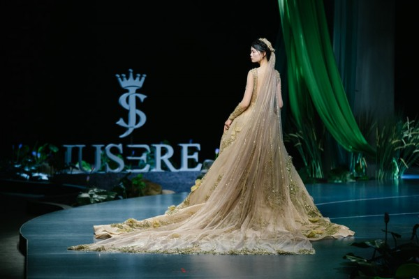 JUSERE is The leader of Chinese Wedding Dress 2