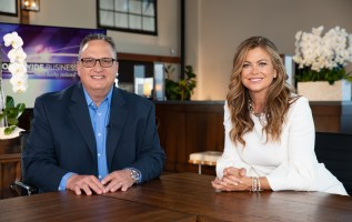 Worldwide Business with kathy ireland®: See California Natural Color Introduce Their Groundbreaking Natural Colors for Food and Beverages 3