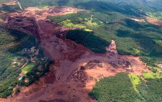 Brazil dam collapse: 'Little hope' of finding missing alive 1