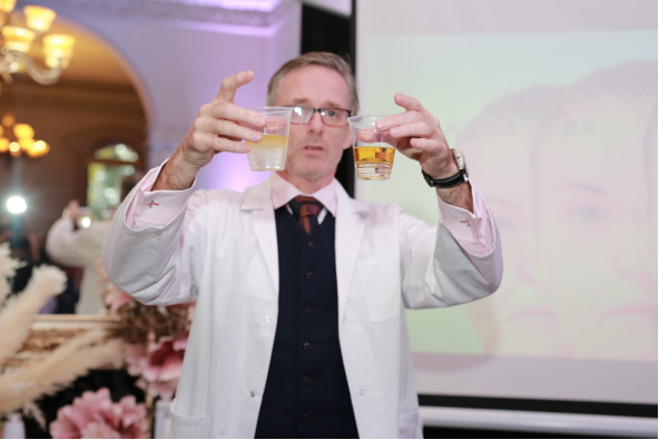 German JOHN HANCOCK Debuted at the Second China International Import Expo in Shanghai With Its Slimming Water Cup 2