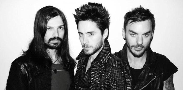 30-Seconds-To-Mars-2012-bandfoto mit Jared Leto