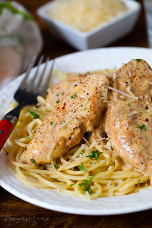 Best Quick and Easy Pressure Cooker / Instant Pot Chicken ...