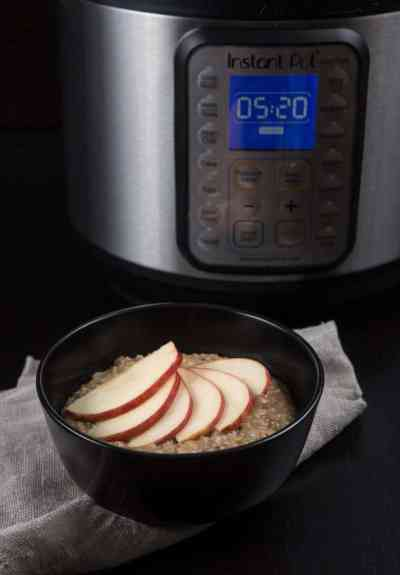 Instant Pot Oatmeal (Pressure Cooker Oatmeal) | Tested