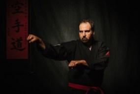 Naihanchi defense for one hand neck grab