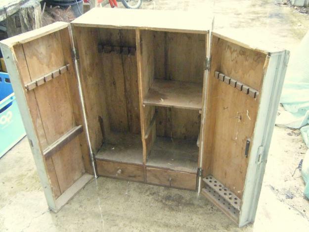 Patinage d 39 un meuble ancien en bois for Patiner meuble ancien