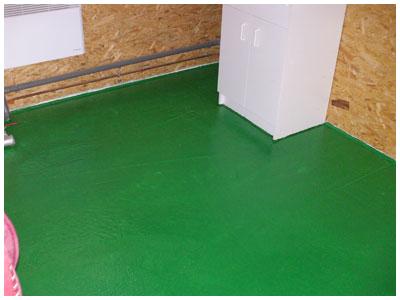 technique de peindre un sol en b ton et sol de garage. Black Bedroom Furniture Sets. Home Design Ideas