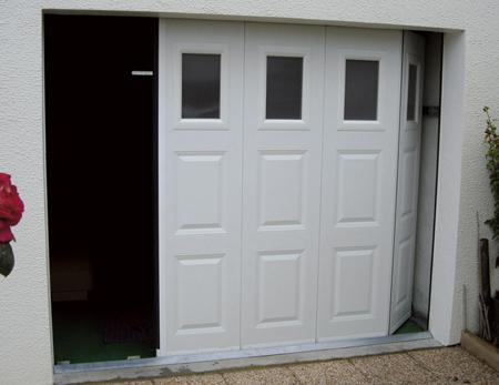 choisir une porte de garage selon la s curit. Black Bedroom Furniture Sets. Home Design Ideas