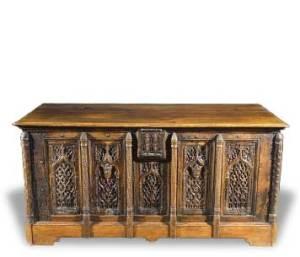 coffre gothique ancien