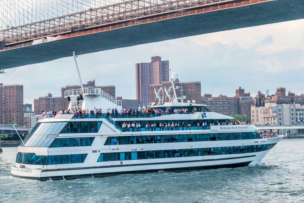 Hornblower Infinity Charter Yacht New York