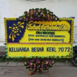 toko bunga online bunga papan turut berduka cita di kecamatan tebet