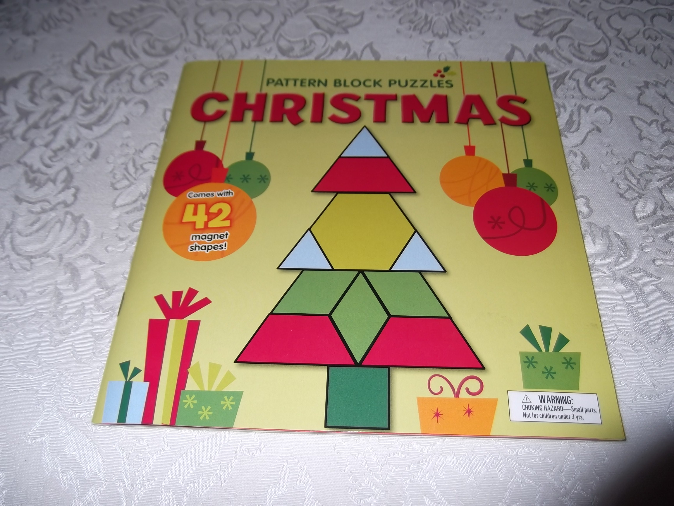 Pattern Block Puzzles Christmas With 42 Magnet Shapes Kris Hirschmann Brand New