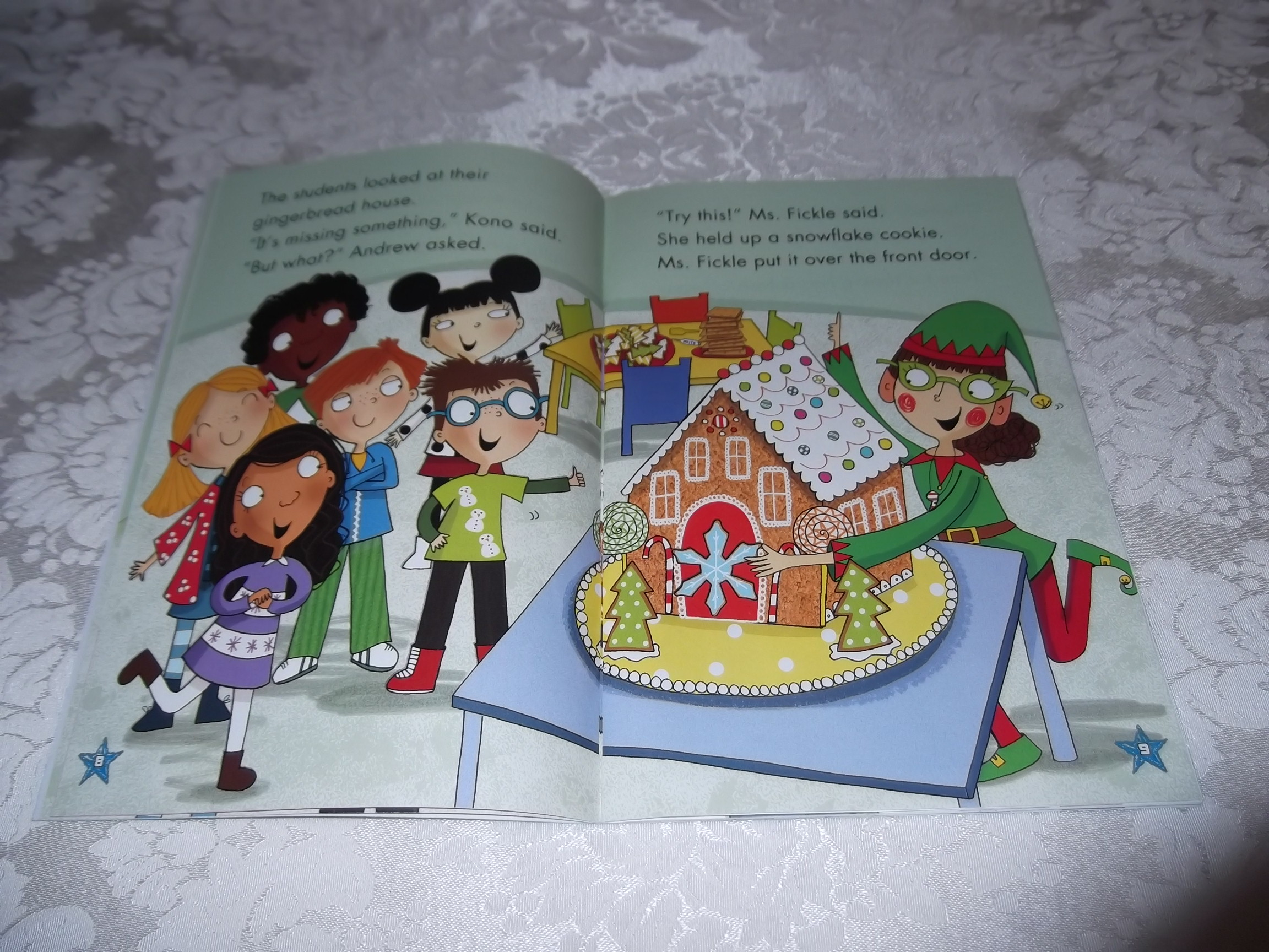 The Gingerbread Cookie Mystery Judy Katschke First Grade Friends Forever Reader