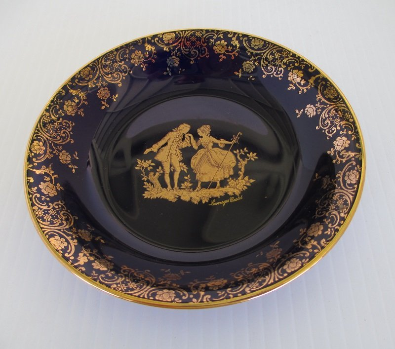 Limoges Castel Victorian Couple Dish with 22k Gold Trim