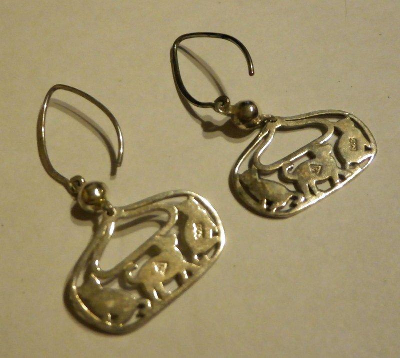 W2050 Retired Silpada Silver Cat Amp Dog Earrings