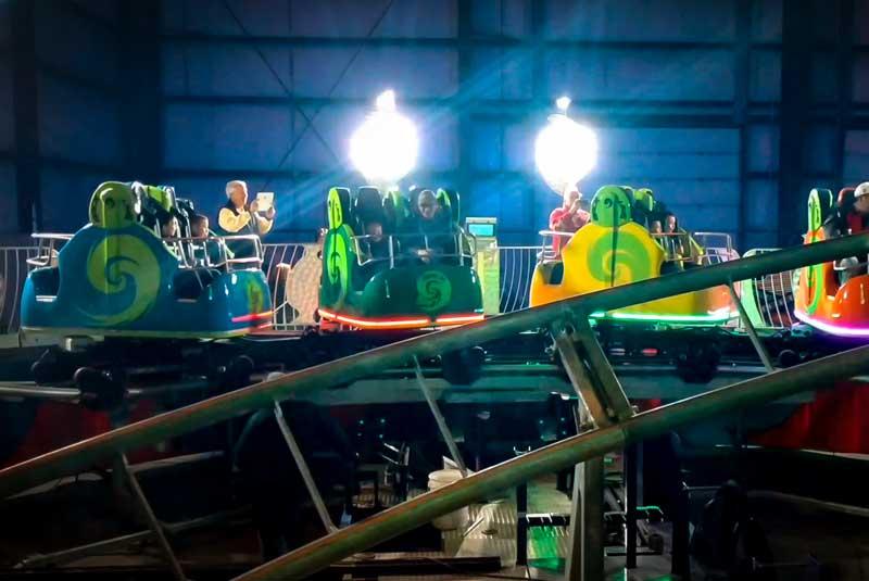 Roller coaster - Spinning coaster