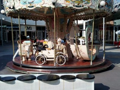 Mini carousel – Diameter 5.50 meters – 23 seats