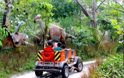 Safari Car Jungleland Dino