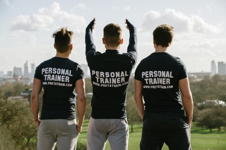 Personal trainer in Manchester team facing city