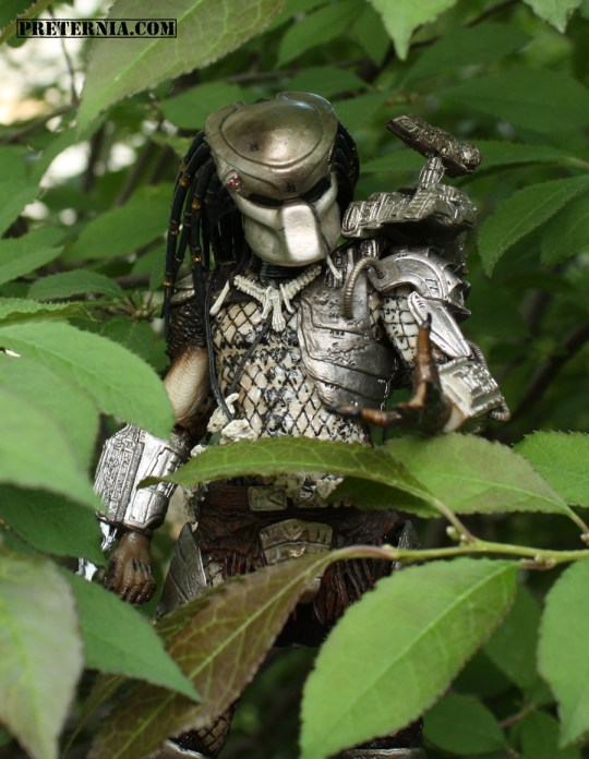 NECA Series 8 Predator Masked Jungle Hunter
