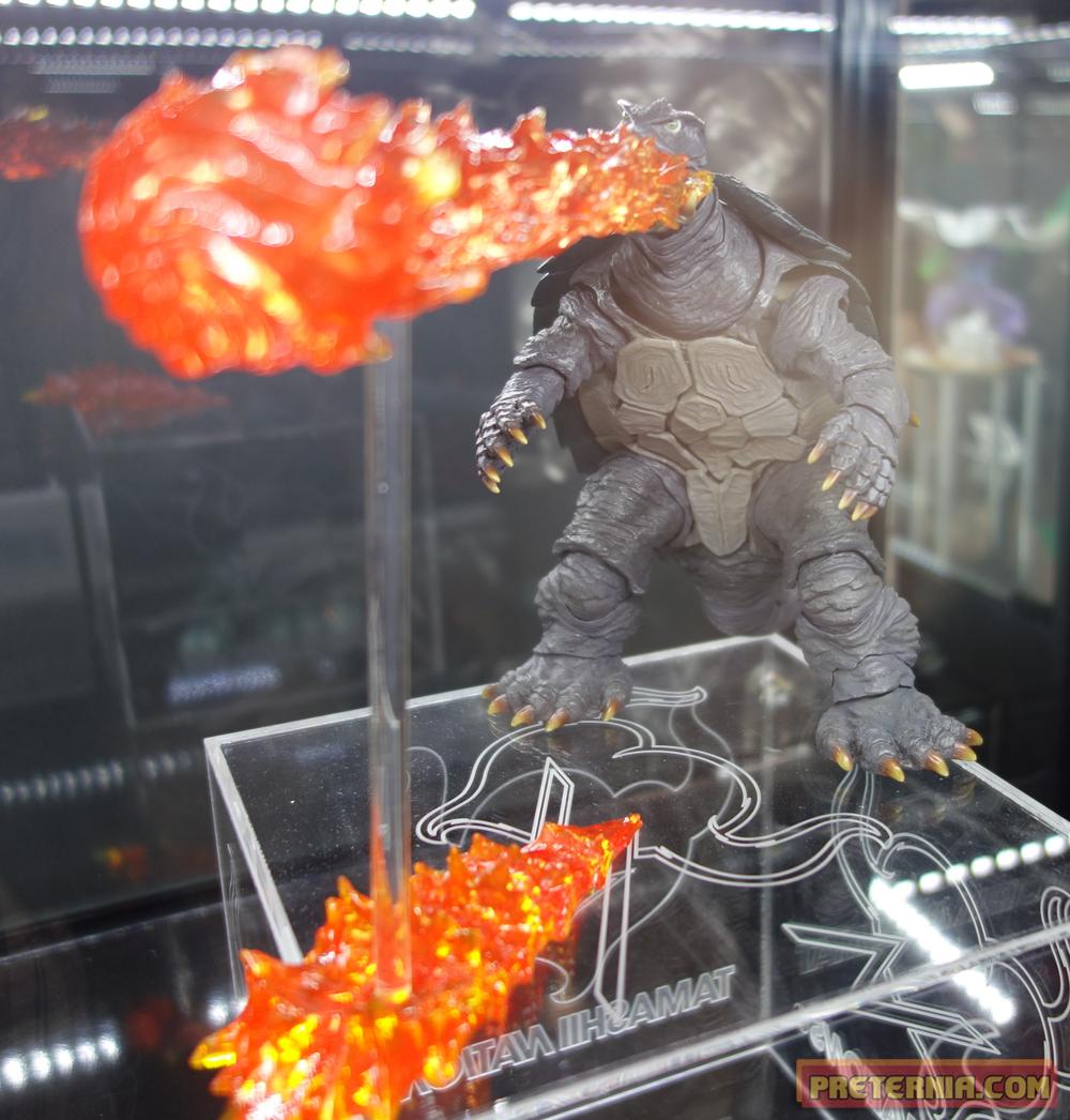S.H. MonsterArts NYCC 2014 Gamera