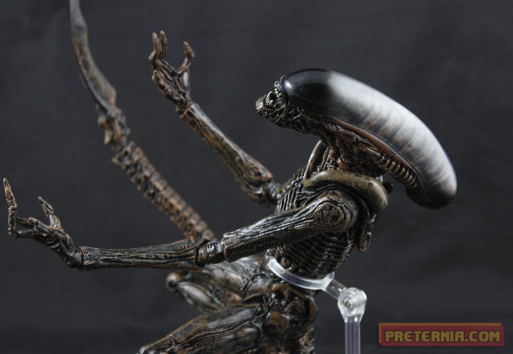 NECA Aliens Series 3 Dog Alien Review