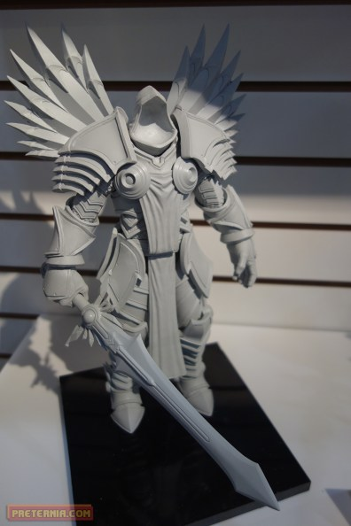 NECA Blizzard Heroes of the Storm Tyrael Toy Fair 2015