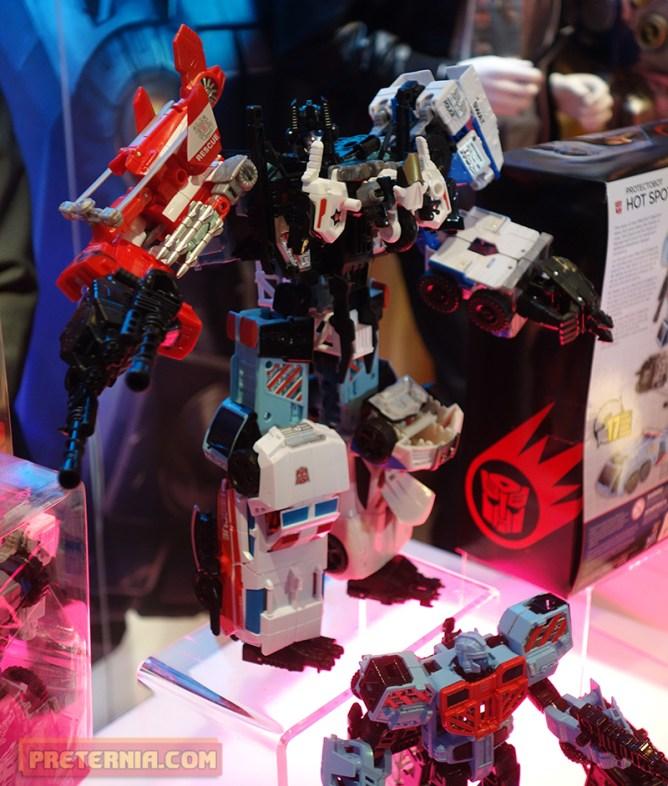 Toy Fair 2015 Hasbro Transformers Defensor