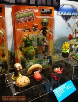 Toy Fair 2015 Diamond Select Plants vs Zombies