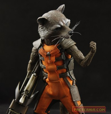Hot Toys Rocket and Groot Sideshow Edition