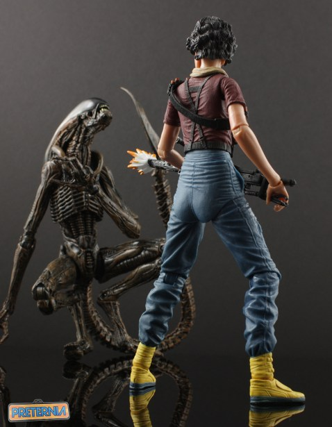 NECA Aliens Lt Ripley Kenner Review