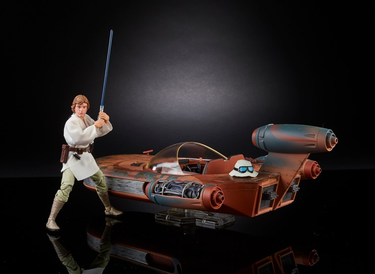 STAR WARS THE BLACK SERIES X-34 LANDSPEEDER & 6-INCH LUKE SKYWALKER - SDCC Exclusive (1)