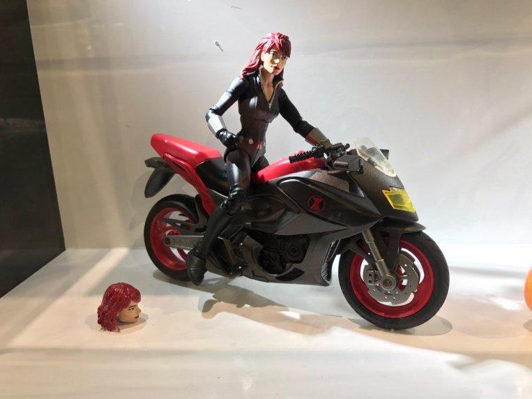 HASCON Marvel Legends Ghost Rider Black Widow Bike