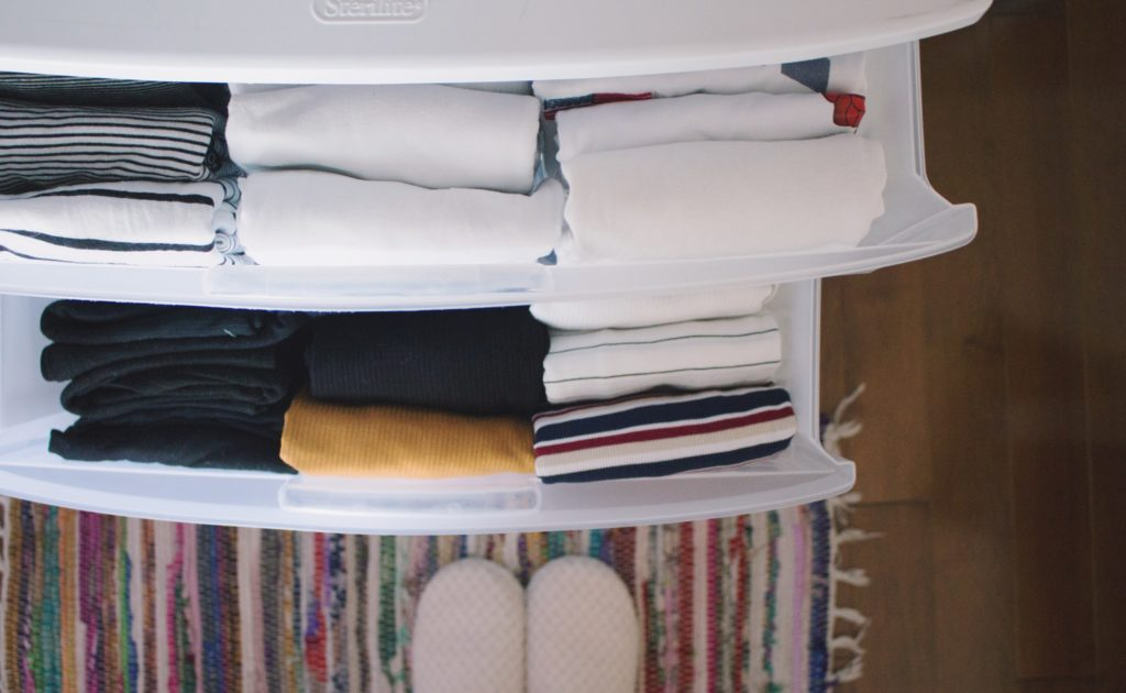 Decluttering my Closet #1   prettynaive