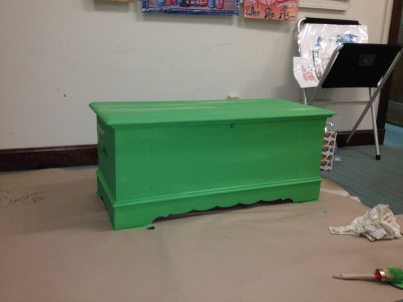 paws lane chest green paint