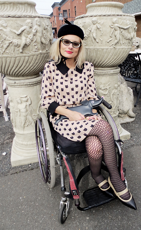 Wheelchair girl street style cat fashion