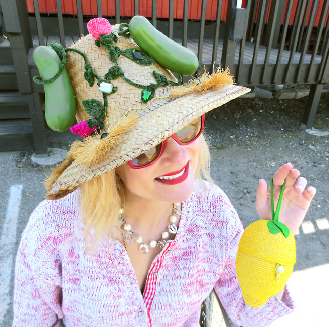 Magda in a pickle hat DIY with lemon purse