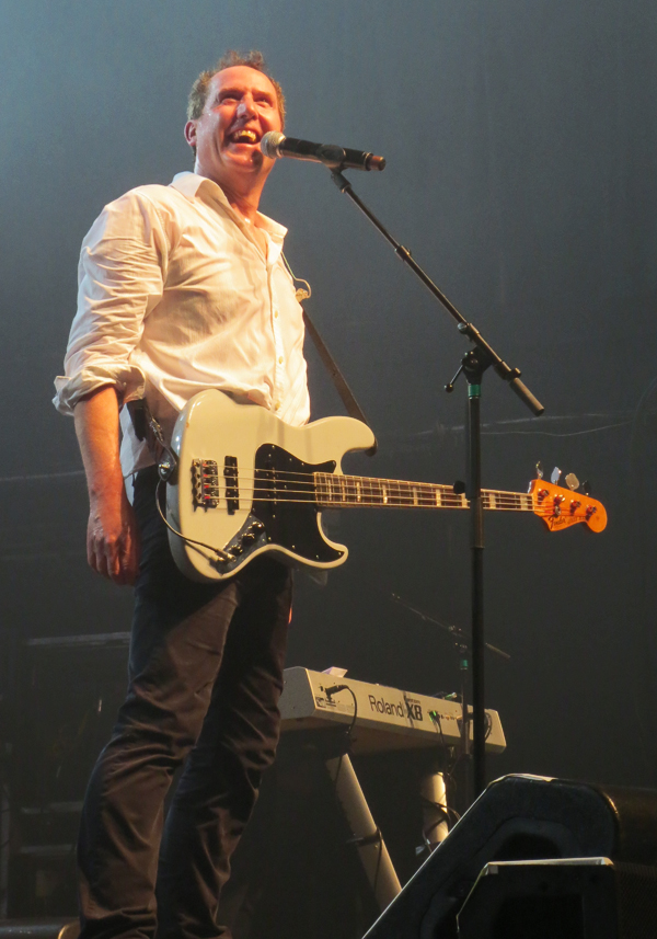 Andy-McCluskey-OMD-concert-NYC