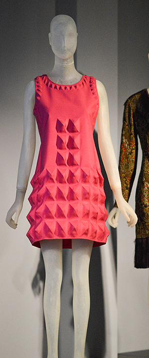 Pierre Cardin dress - 1968 - Dynel fabric