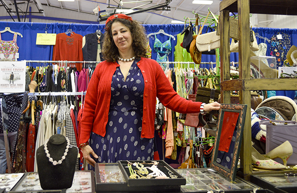 Incogneeto vintage store with Stacy LoAlbo at the Danbury Vintage Show